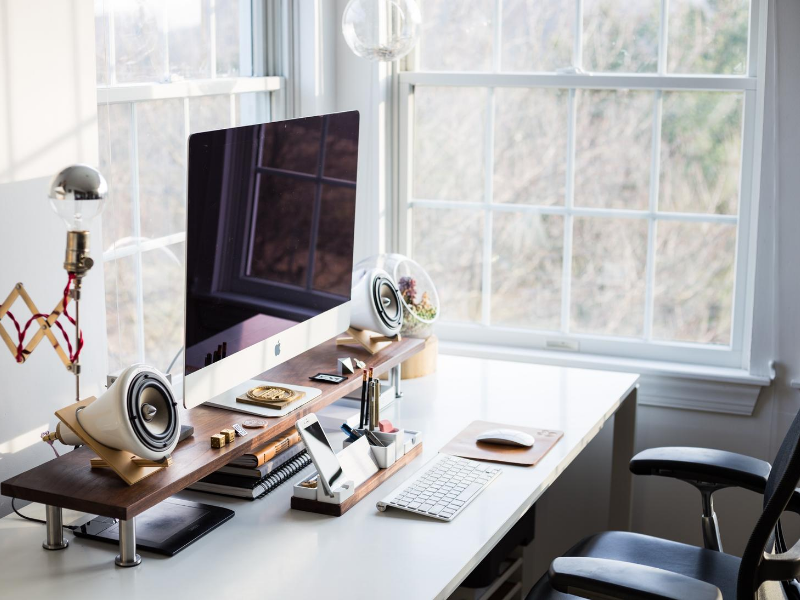 lugar dedicado a home office